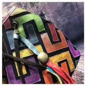 Сумка женская из натуральной кожи Yi Tian 805 микс детали фото2