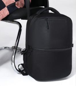 рюкзак ozuko 9200 черный пристегивается надежно металлическим тросиком и замком