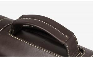 Портфель кожаный J.M.D. 7396Q коричневый, ручка крупным планом