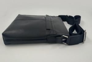 Сумка планшет из натуральной кожи J.M.D. 1048A черная фото сбоку