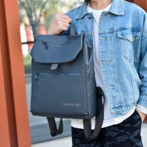 Рюкзак школьный Celvin Kloin Jeans 6916 серый фото на модели 2